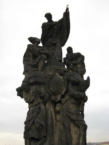 カレル橋の像