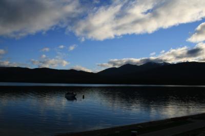 テ・アナウ湖