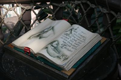 いろいろなところに本が