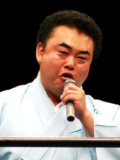 気仙沼二郎(マイク・泣き)