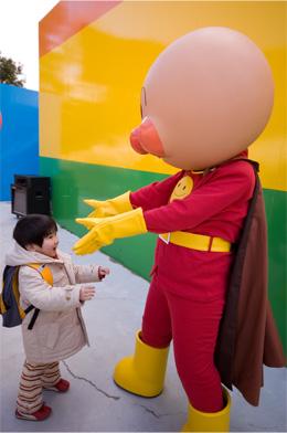 キャラクターショーでアンパンマンと・・・