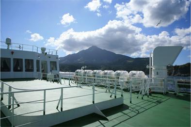 利尻 鴛泊(おしどまり)港へ