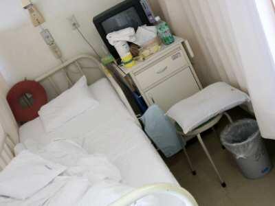 病院にて 002