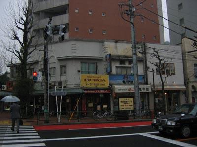 角の商店-1