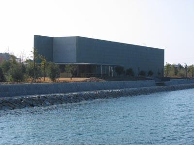 瀬戸内美術館 海側外観
