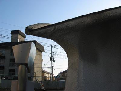 宝塚カトリック教会 塔のアップ