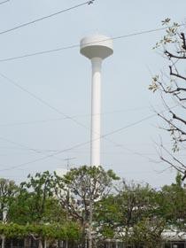 公社烏山北住宅給水塔