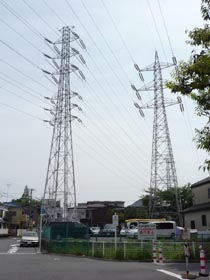 高圧線鉄塔