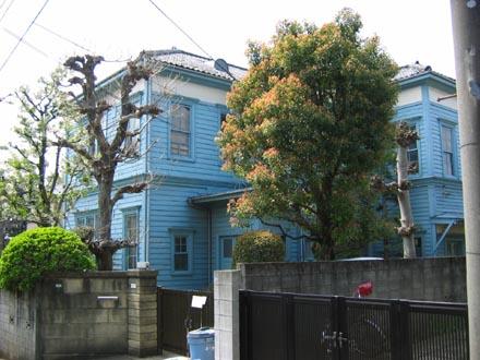 青い洋館④