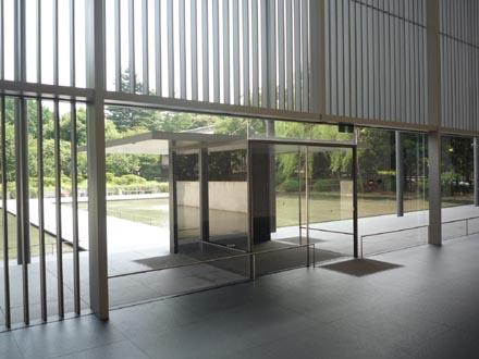 法隆寺法物館ホール③.