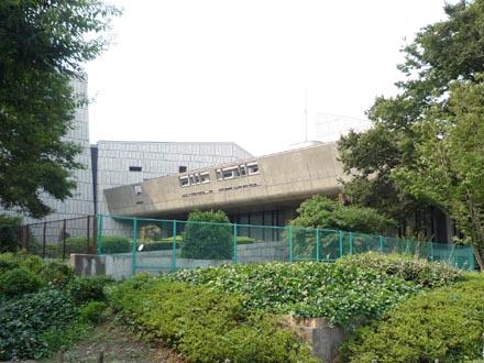 東京文化会館外観①.