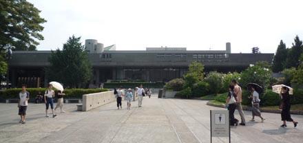 東京文化会館外観④.