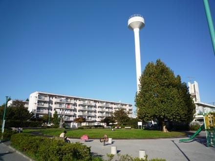 烏山北住宅給水塔