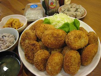 コロッケ レンコン煮 しらす 十六雑穀米