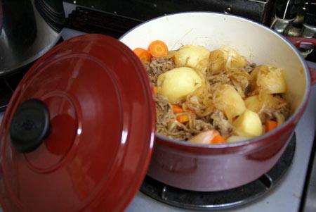 初ホーロー鍋料理