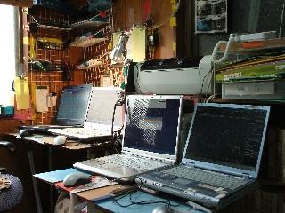 自宅パソコン4台