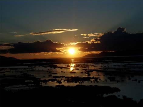 御来光(チチカカ湖)7