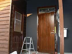 玄関オスモ塗装