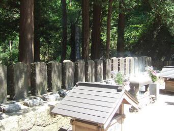 白虎隊士の墓
