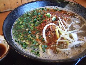 黒酢味噌坦々麺