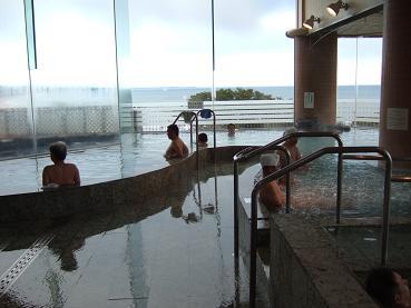 内湯からの太平洋