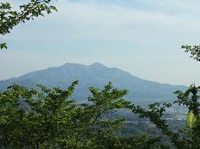 雨引観音からの筑波山