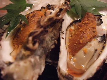 岩牡蠣のうに添え