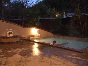 ひがし館の露天風呂