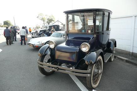 クラッシックカーの展示