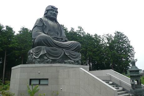 日本一の達磨大師像