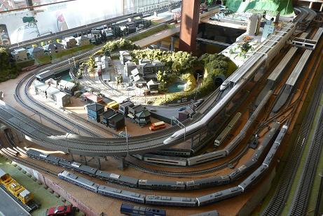 プラレール模型の運行