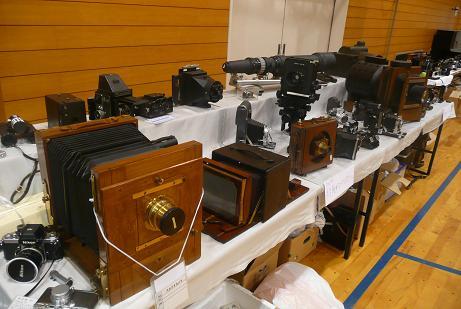 年代物のカメラの展示