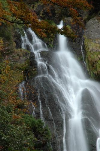 神庭の滝 真ん中あたりの流れ