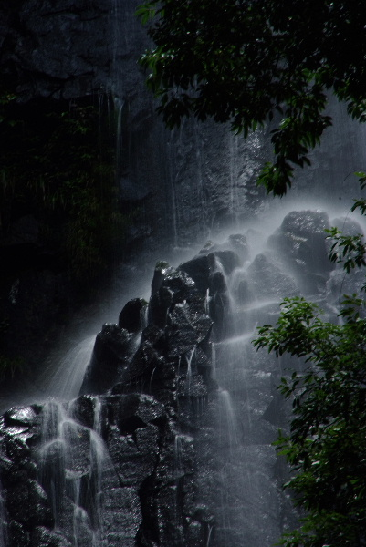 滝の一部・・・ちょっとアンダーがすき