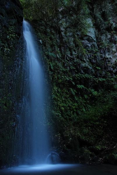 湯原滝全景