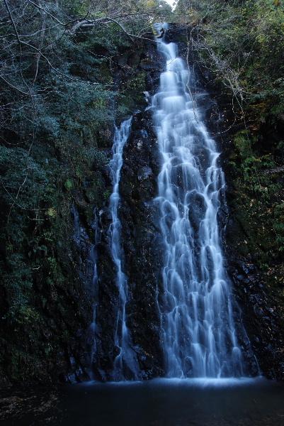 妙円滝全景