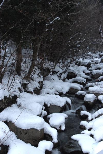 大釜の滝前渓谷