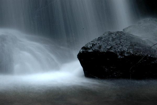 滝の落下点・・・