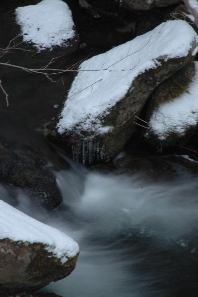 滝の先にはこんな流れも・・・