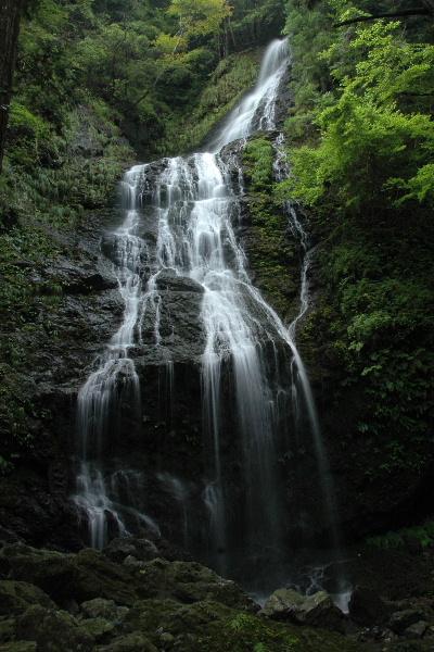 飛龍の滝 ちょっと水量が少ないかな