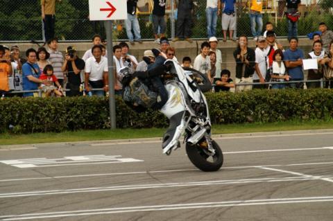 2007 9.23 マリーナバイク祭 サキ ユカ 200