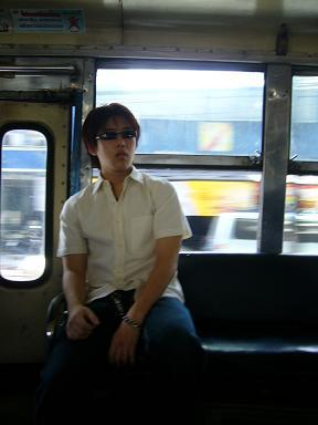 久しぶりのタイのバス