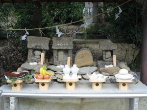 桃太郎まつり 犬・猿・雉の墓