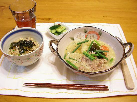 塩豚と野菜の味噌スープ1