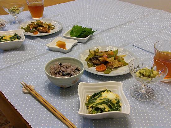 炒り黒豆とじゃこご飯1