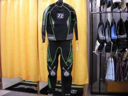 FORCE RACE SUIT (GREEN・前)