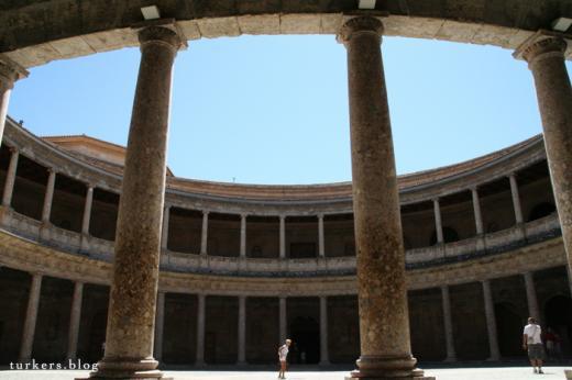 アルハンブラ カルロス5世宮殿