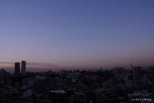 南麻布、夜明け前。