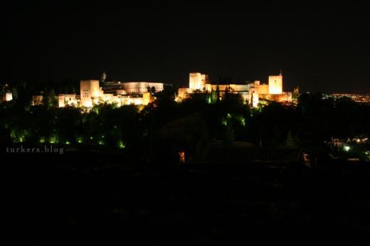 グラナダ アルハンブラ宮殿 展望台 夜
