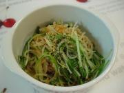 水菜と糸こんの生姜酒蒸し